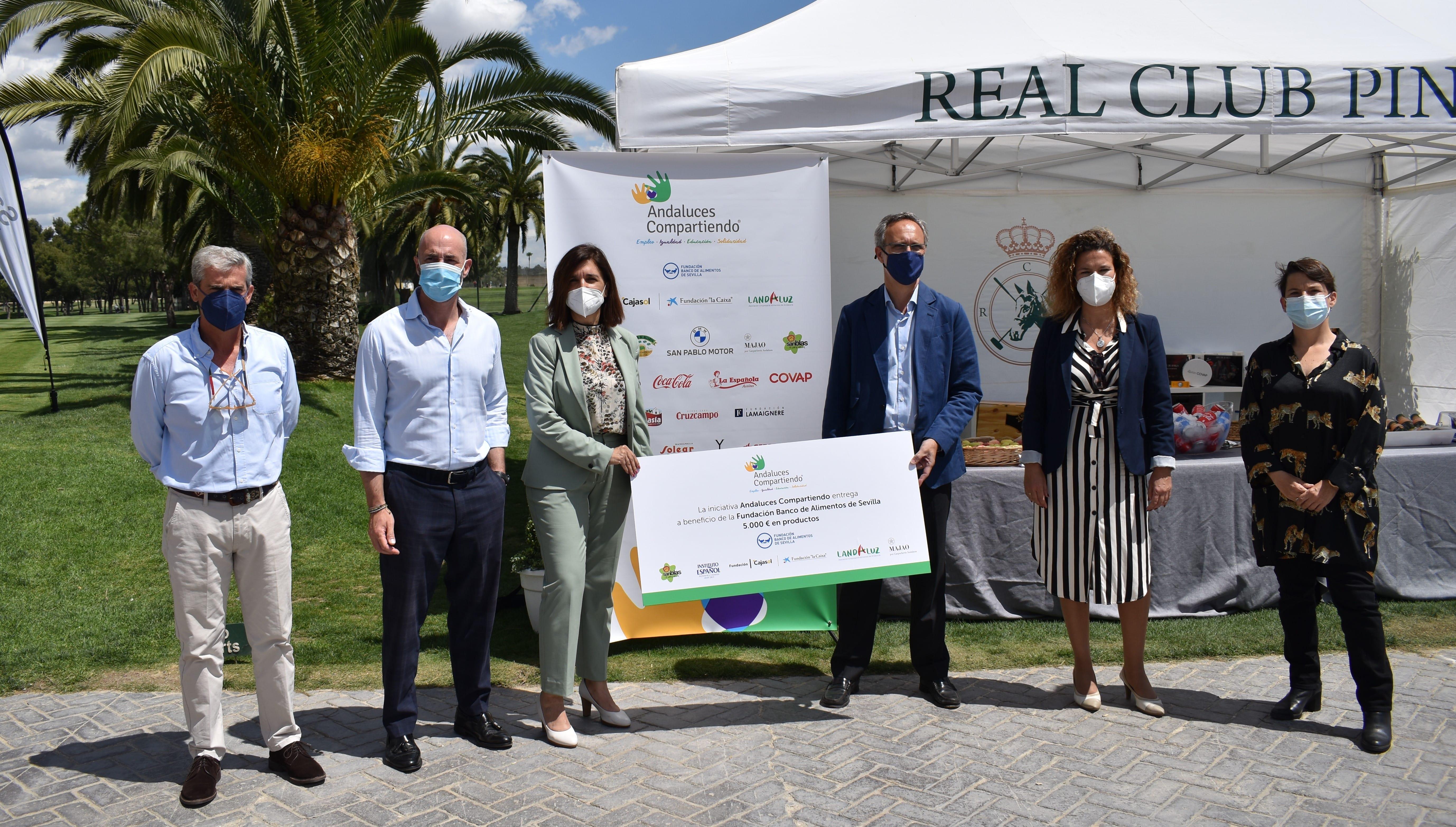 Andaluces Compartiendo donó 5.000 euros en productos a Banco de Alimentos